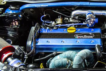 accessori-ricambi-parti-speciali-auto-officina-torino-racing-motore